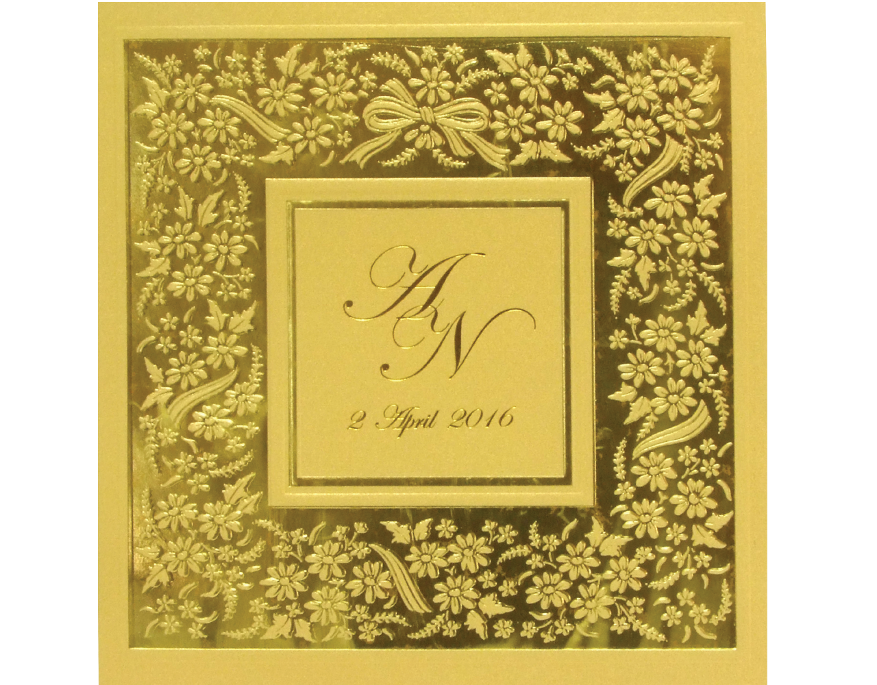 การ์ดแต่งงาน 17 x 17.5 cm SP 5610 Gold ฿ 9.50